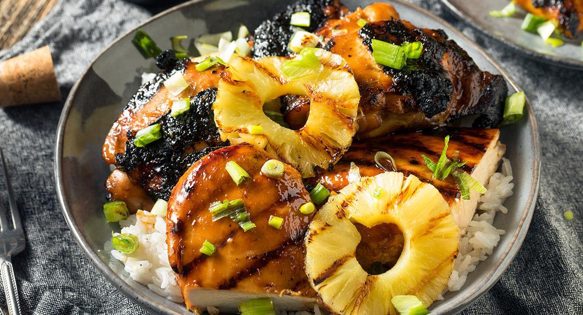 Pollo Hawaiano con Arroz