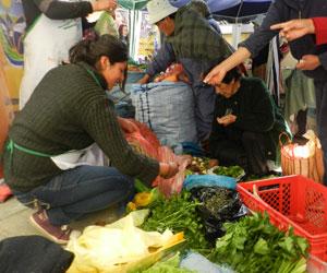 Microferias promueven bienes de pequeños productores
