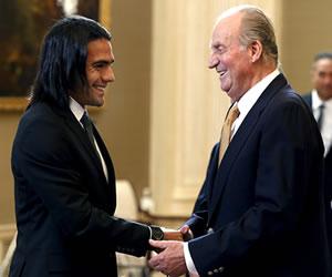 El rey Juan Carlos recibe al Atlético de Madrid