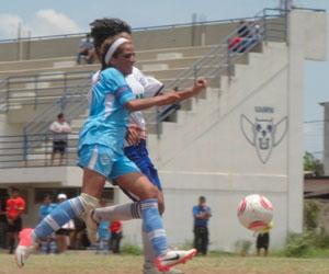 Universidad y Santa Cruz FC por una plaza en la Libertadores Femenina