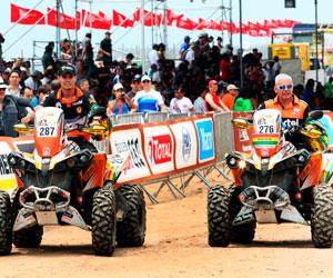 Los seis pilotos bolivianos que participan en el Dakar 2013
