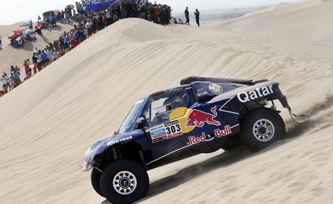 Carlos Sainz gana la primera etapa del Dakar en Perú