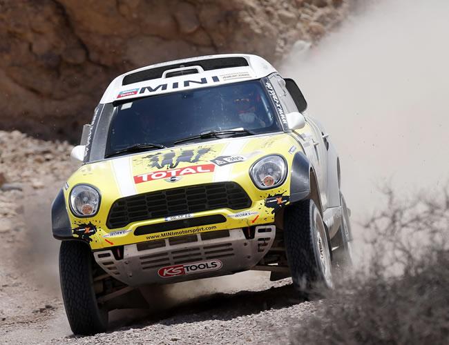 Nani Roma gana la quinta etapa del Dakar y Sainz termina quinto