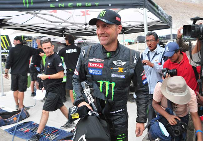 Peterhansel gana la séptima etapa del Dakar y amplía su ventaja sobre Al-Attiyah
