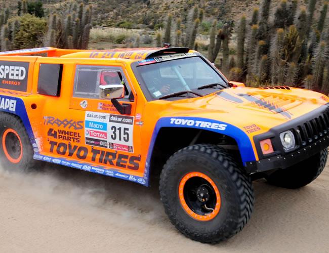 El piloto norteamericano R. Gordon en acción hoy, sábado 19 de enero de 2013, durante la última etapa del rally Dakar, que se corre entre La Serena (Chile) y Santiago (Chile). EFE