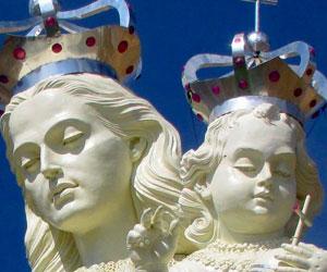 Monumento de la Virgen del Socavón levanta la imagen del Carnaval