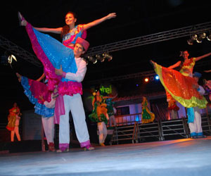 Bolivia participará en el 5º Festival Mundial de Danza y Artes Michoacán 2013
