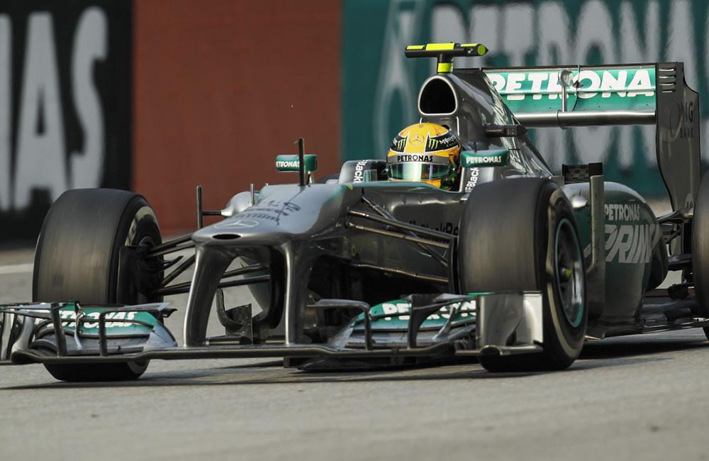 El piloto británico Lewis Hamilton durante el Gran Premio de Malaisa. EFE