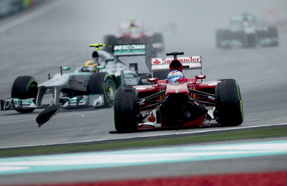 El piloto español Fernando Alonso durante el Gran Premio de Malasia. EFE