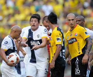 Boca busca acercarse a octavos en una semana de definiciones en la Libertadores