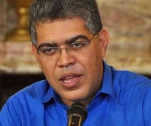 Jaua pide lograr un 80,48% de participación electoral