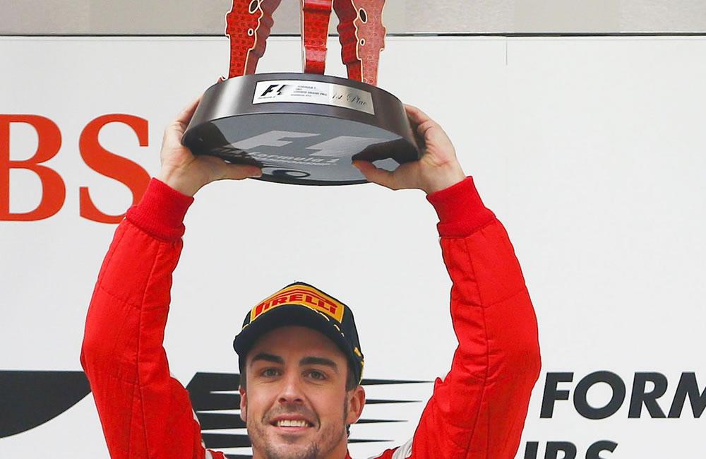El piloto español de Fórmula Uno, Fernando Alonso se coronó campeón del Gram Premio de China. EFE