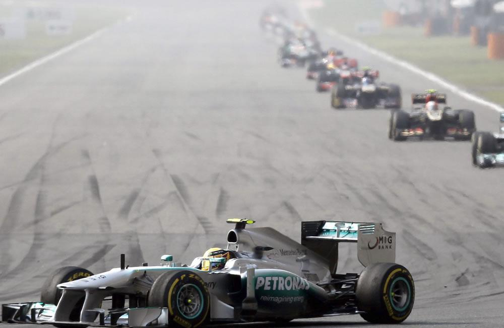 El piloto británico de Fórmula Uno, Lewis Hamilton fue tercero en el Gran Premio de China. EFE