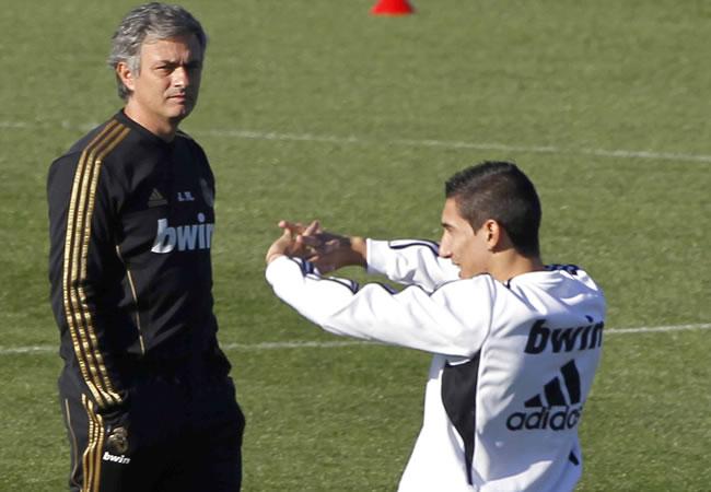 Mourinho da la alineación a la espera de Di María