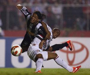 Atlético Mineiro saca ventaja en su visita al Sao Paulo