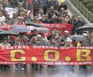 COB instala dos puntos de bloqueo en La Paz y Cochabamba
