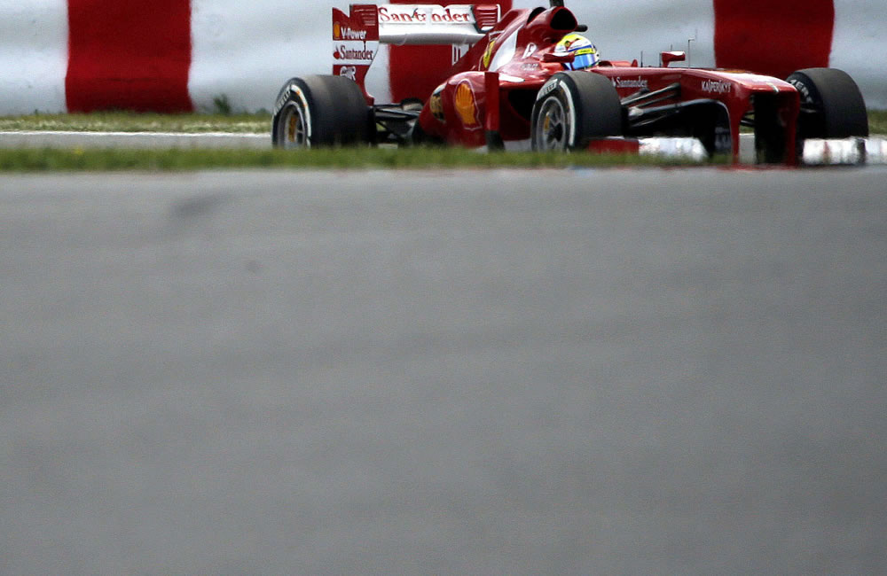 Mercedes domina, pero Alonso sólo teme a Vettel y a Hamilton