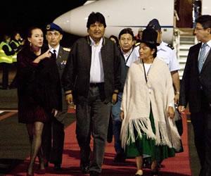 Morales está en Ecuador para participar de la posesión de Correa