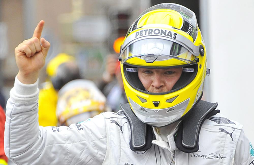 El piloto alemán de Fórmula 1, Nico Rosberg gana la pole del Gran Premio de Mónaco. Foto: EFE
