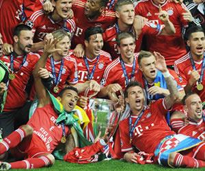 Los jugadores del Bayern Múnich celebran la conquista de la Liga de Campeones. EFE