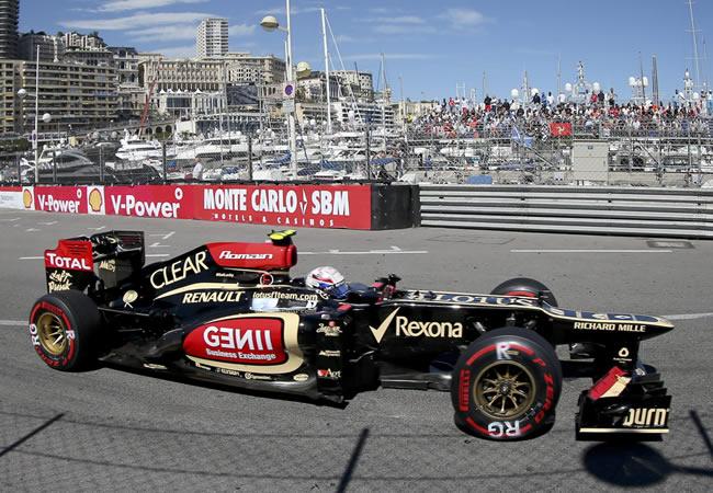El monoplaza Lotus conducido por el francés Romain Grosjean. EFE