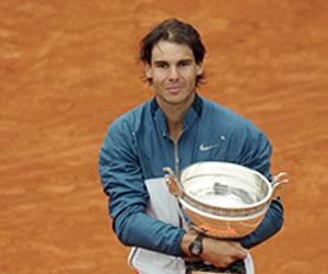 Nadal gana su octavo Roland Garros al destrozar a Ferrer