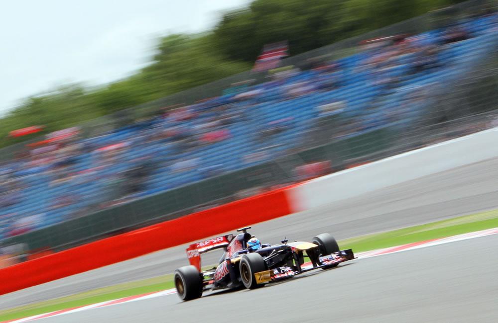 El piloto francés Jean Eric Vergne durante la clasificación del Gran Premio de Gran Bretaña. EFE