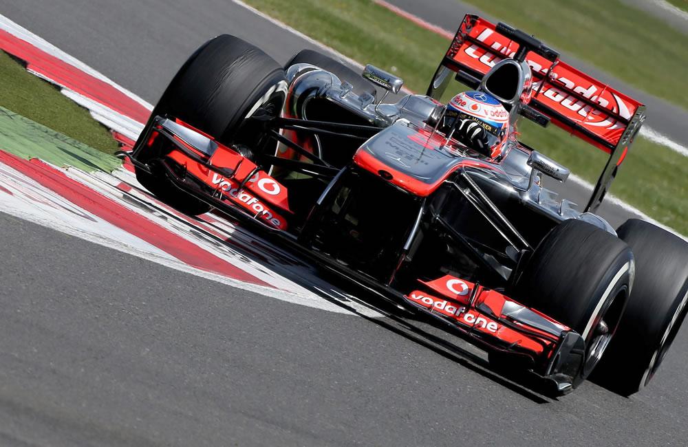 El piloto británico Jenson Button durante el Gran Premio de Gran Bretaña. EFE