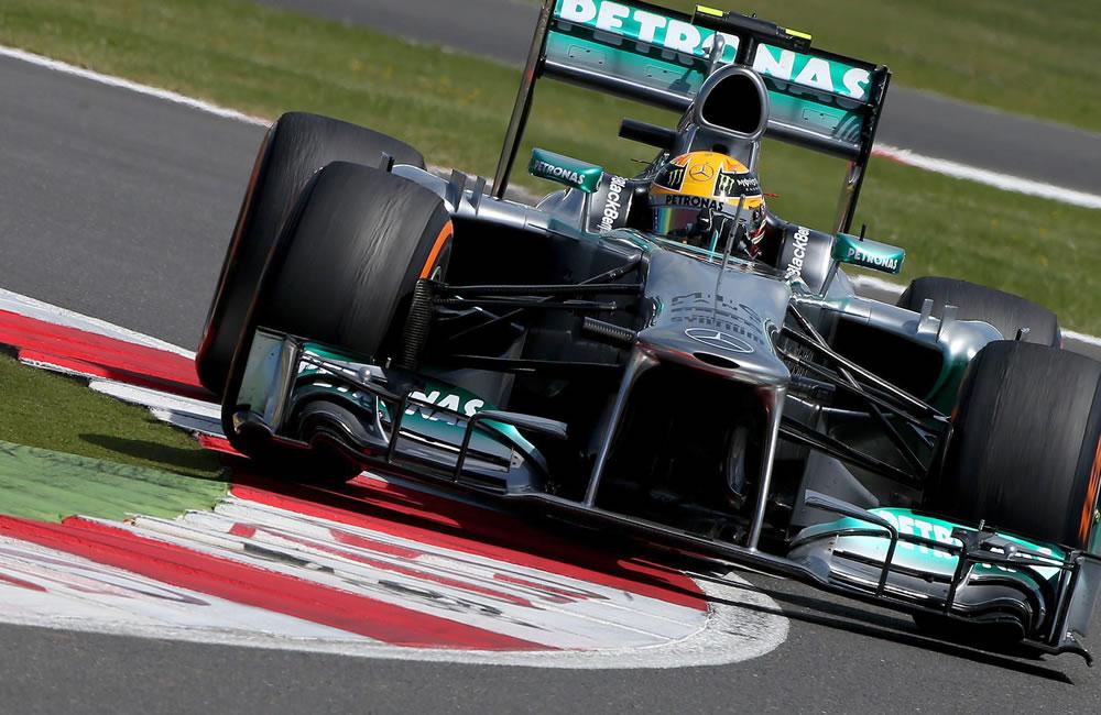 El piloto británico Lewis Hamilton durante el Gran Premio de Gran Bretaña. EFE