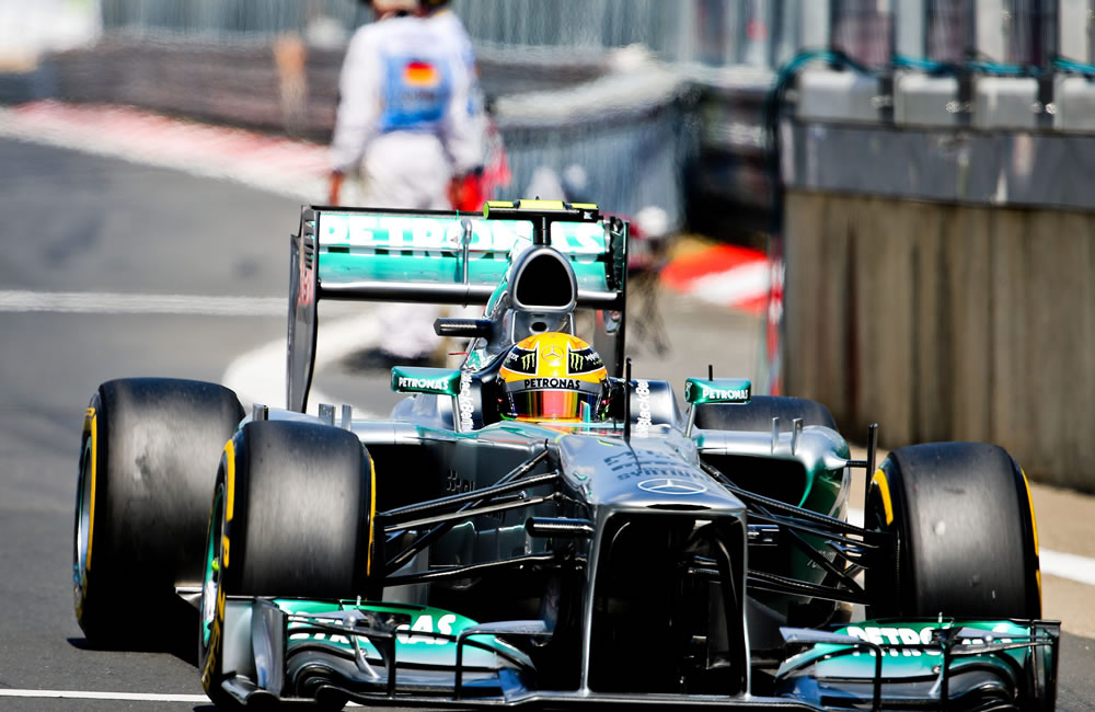 Hamilton logra la 'pole', Alonso saldrá octavo