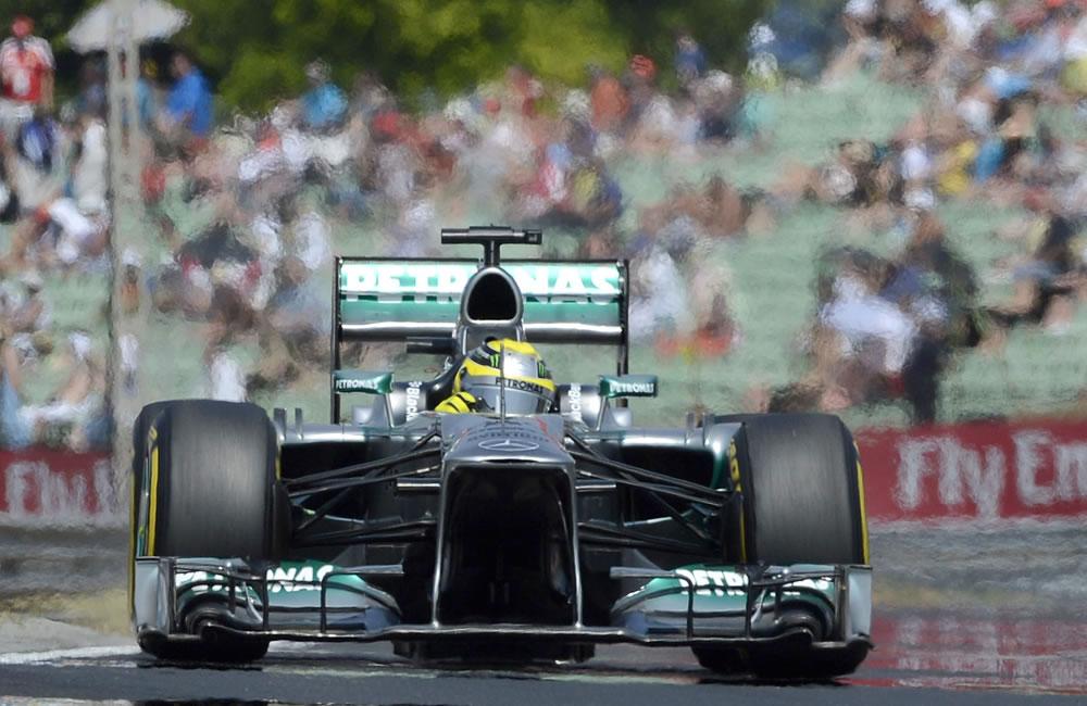 El piloto británico Lewis Hamilton durante la clasificación del Gran Premio de Hungría. EFE