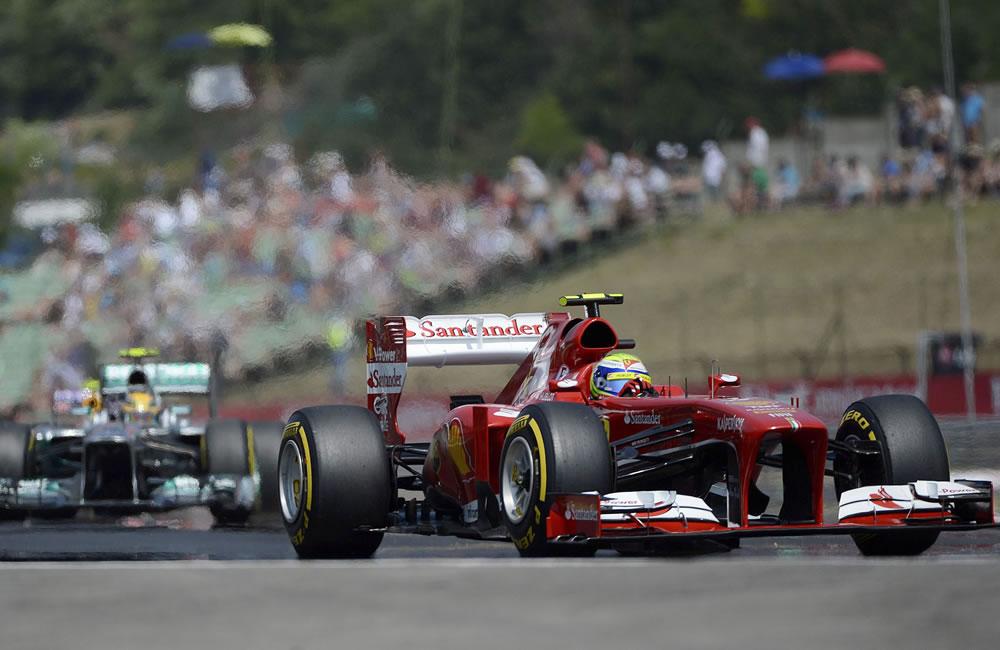 El piloto  brasileño Felipe Massa durante la clasificación del Gran Premio de Hungría. EFE