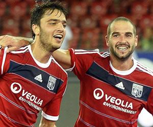 Lyon, Steaua, Fenerbahce y Basilea pasan a la última ronda previa