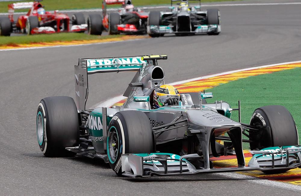El piloto británico Lewis Hamilton durante el Gran Premio de Bélgica. EFE