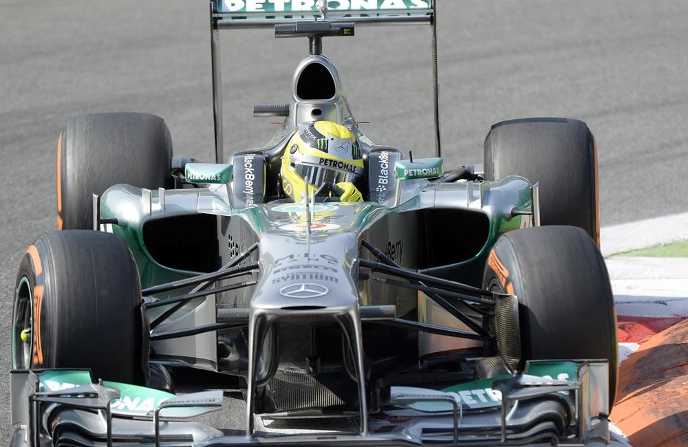 El piloto alemán Nico Hukenberg durante la clasificación del Gran Premio de Italia. EFE