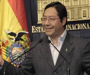 Gobierno y COB sellan acuerdo sobre modificaciones a la Ley de Pensiones
