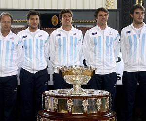 Stepanek y Mónaco abren duelo de semifinal en la Copa Davis