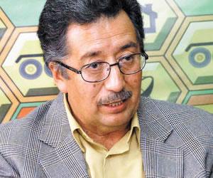 Ministros llegan a Potosí para explicar inversiones y evitar paro del miércoles