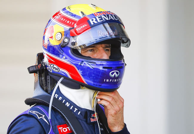 Australian Formula One driver Mark Webber of Red Bull Racing walks at the parc ferme after taking the pole position. EFE