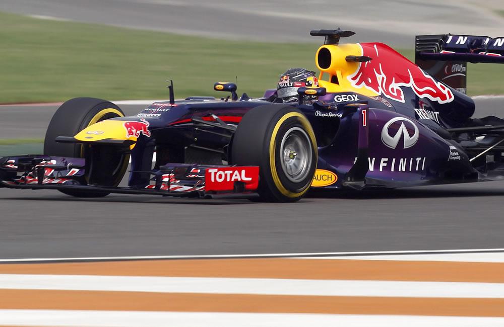 El piloto alemán Sebastián Vettel durante la clasificación el Gran Premio de la India. EFE