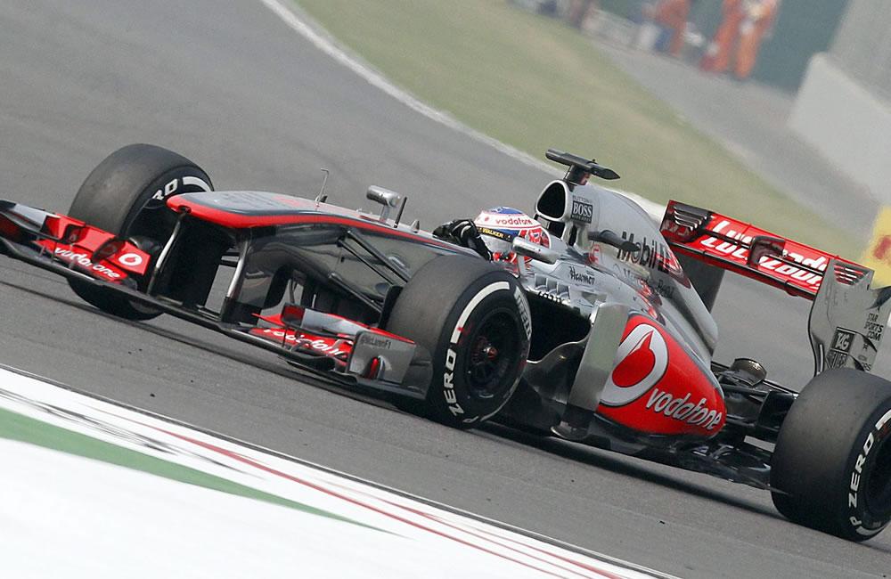 El piloto británico Jenson button durante la clasificación del Gran Premio de la India. EFE