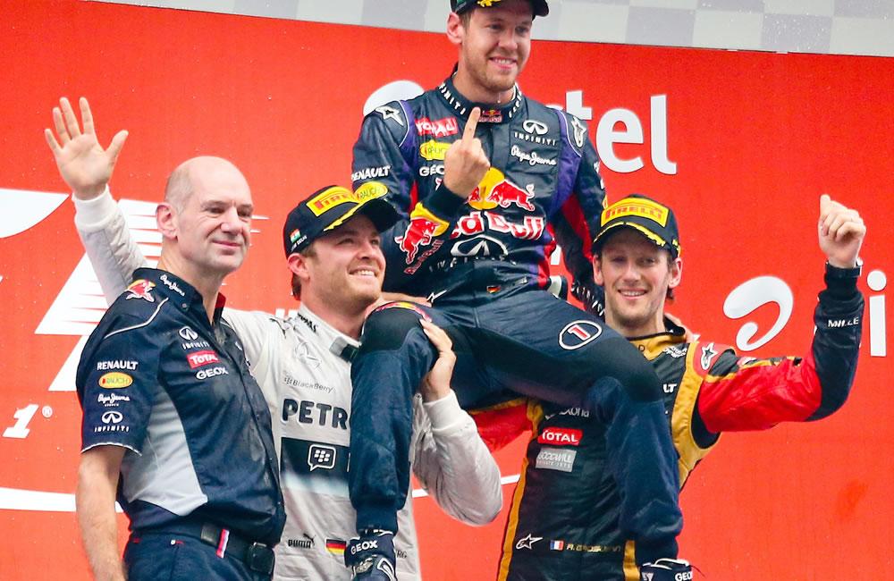 Celebración en el podio del Gran Premio de Japón. EFE