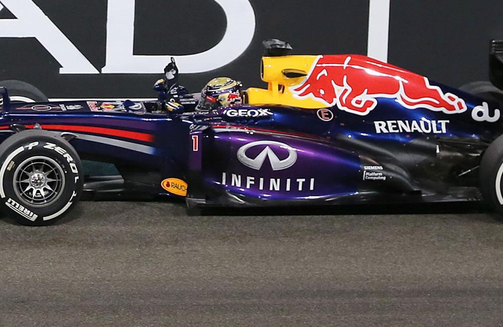 El piloto alemán Sebastián Vettel durante el Gran Premio de Abu Dabi. EFE