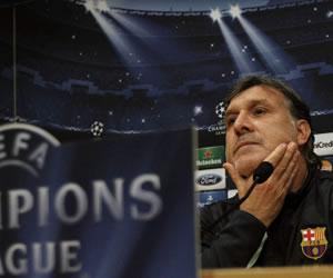 Martino ironiza: '¿El Milán en crisis? Nosotros también lo estamos'