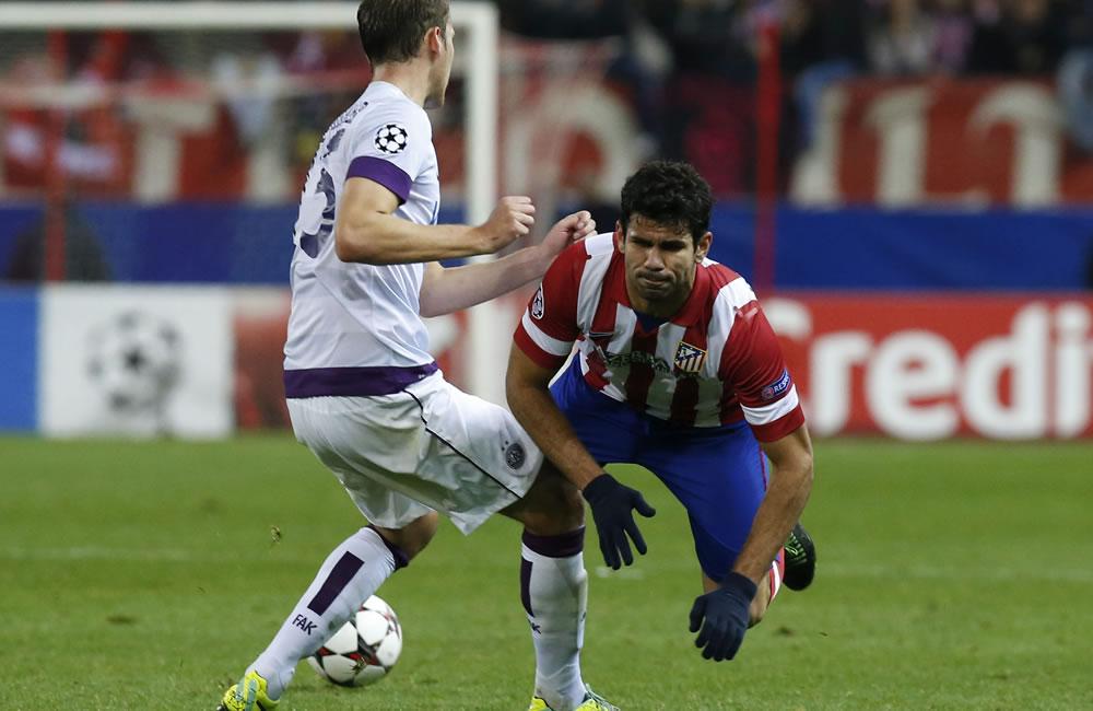 Atlético, campeón de grupo, acompaña al Barcelona a octavos