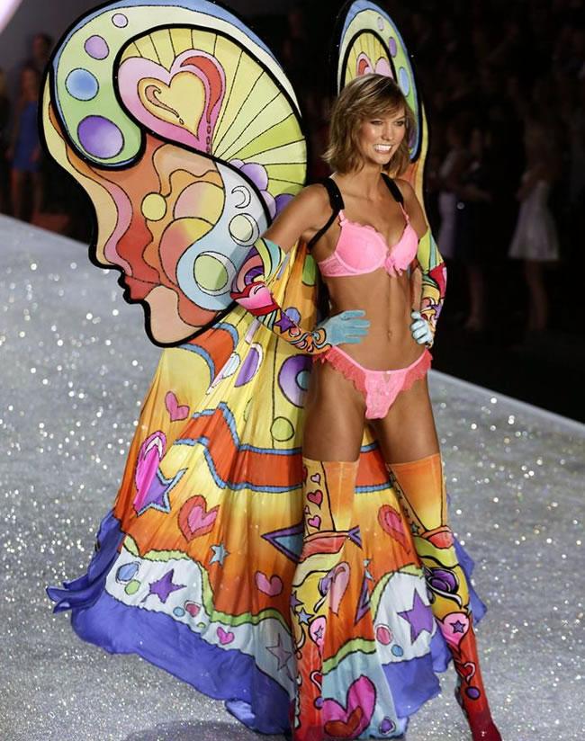 Color, sensualidad y belleza en  el desfile de Victoria's Secret 2013