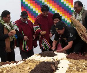 Bolivianos cree que el doble aguinaldo disparó los precios