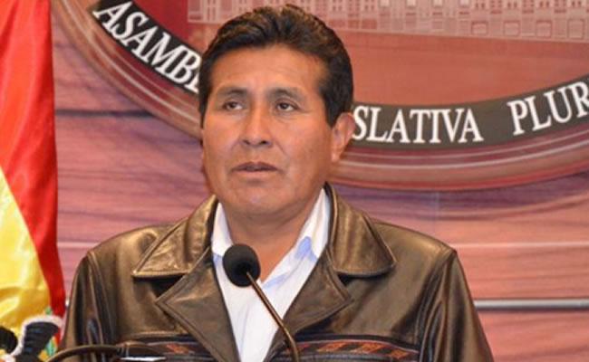 Eugenio Rojas asume como presidente del senado