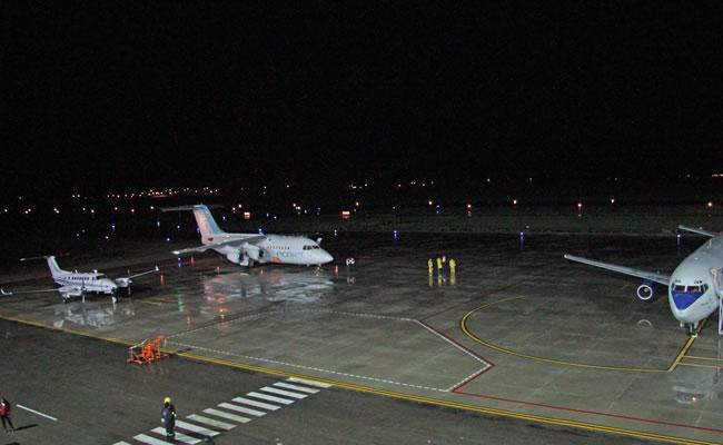 Nuevo sistema de iluminación y comunicacion en el Aeropuerto de Oruro