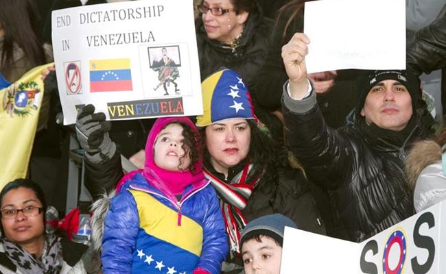 Marcha de paz de la oposición y oficialismo en Venezuela